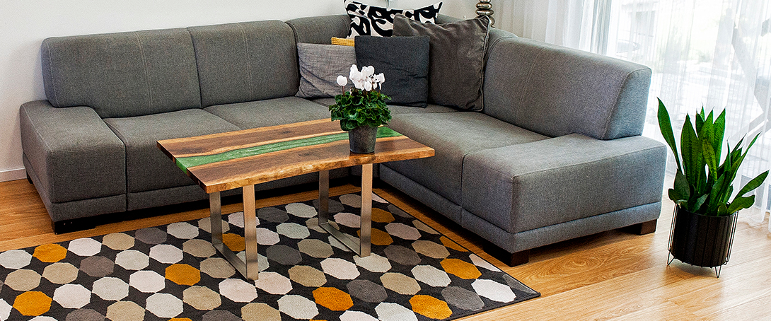 River tables, coffee tables and small design tables